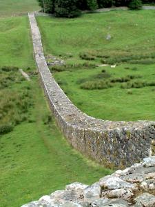 Hadrian's_wall2